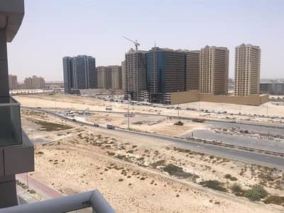 فلیٹ 1 غرفة نوم للايجار في مدينة دبي الرياضية، دبي - High Floor | Desert view | Chiller Free - Sports City