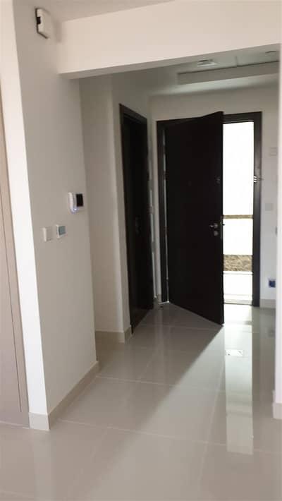 استوديو  للايجار في مدينة دبي الرياضية، دبي - Large Studio Apartment for rent in dubai sport city*** Call anytime of viewing and booking