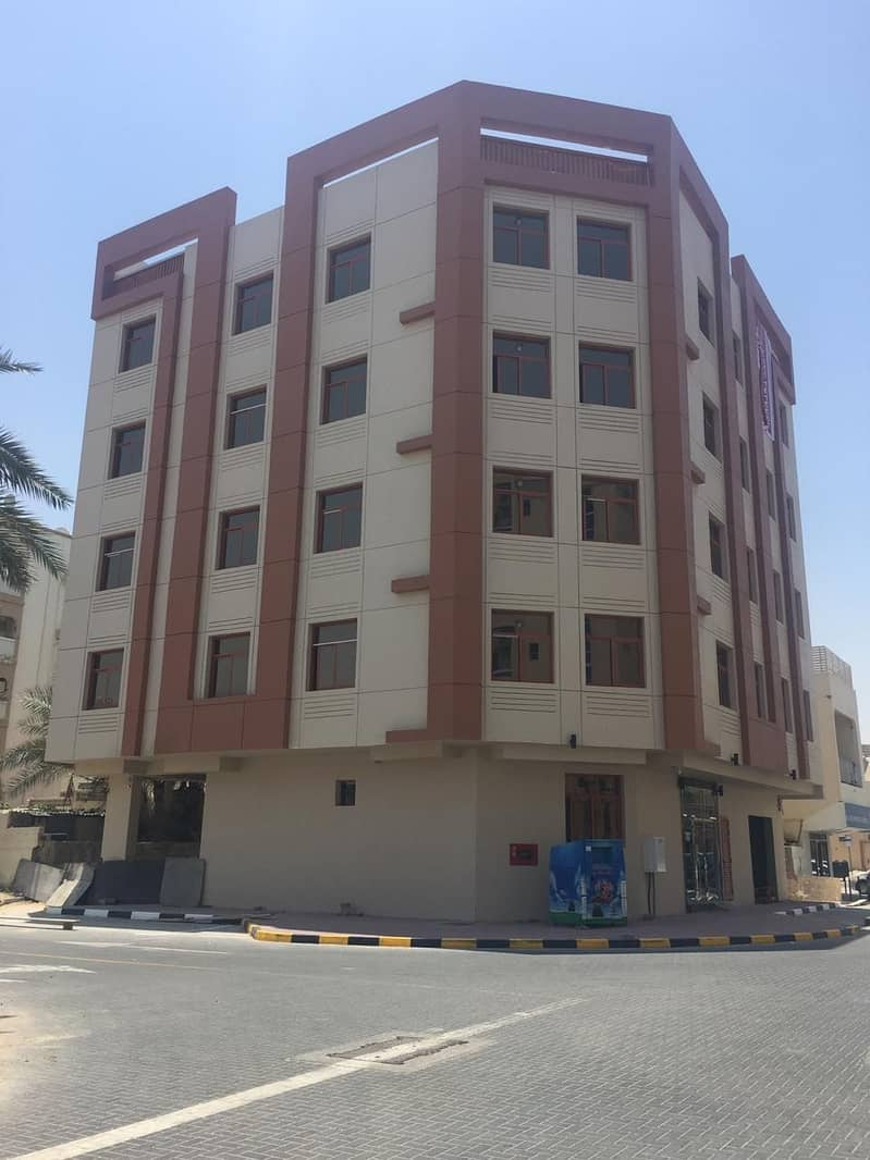 Building for sale directly from the owner in Ajman Al Nuaimia 2, a very good location, close to Sinara roundabout, an area of 3600 feet