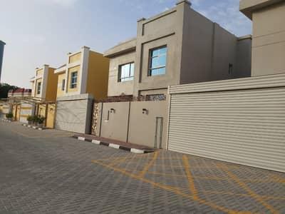 For sale villa, excellent location, very close to Ajman Corniche, Rumaila, close to shopping centers
