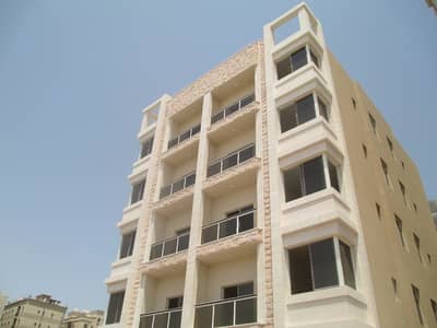 Building for Sale in Al Hamidiyah, Ajman - An opportunity for successful investment in Ajman and the annual return is very attractive New building for sale Excellent location