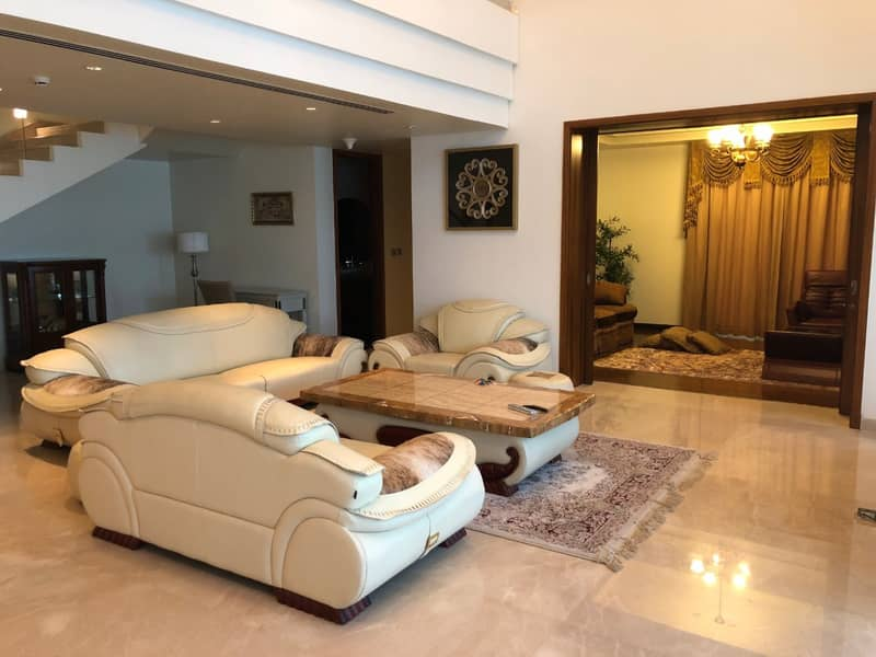 Stunning Fully furnished | Ready to move in| upgraded