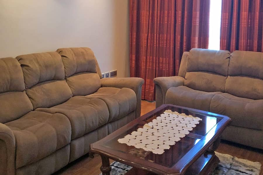 27 Stunning Fully furnished | Ready to move in| upgraded