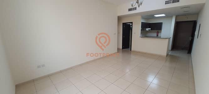 شقة 1 غرفة نوم للايجار في ليوان، دبي - Well Maintained |Large 1 Bed for 32K | Limited Time