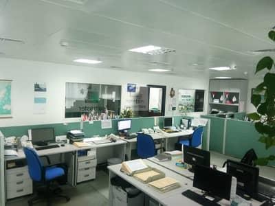 مکتب  للبيع في أبراج بحيرات الجميرا، دبي - lavishly designed office near the metro station