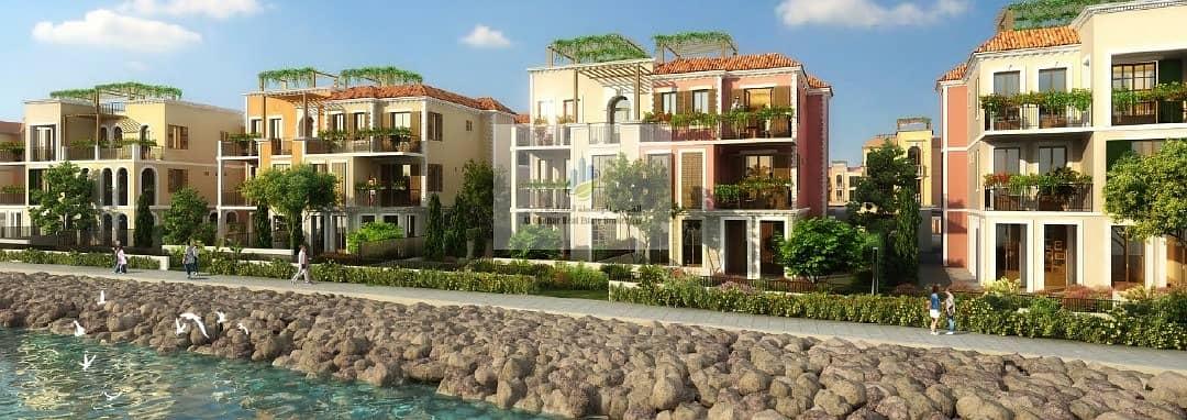 13 3-storey villa in Jumeirah 1