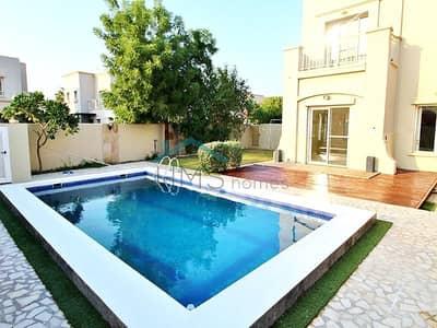 فیلا 3 غرف نوم للايجار في الينابيع، دبي - Gorgeous 3E with Private Pool Available now.