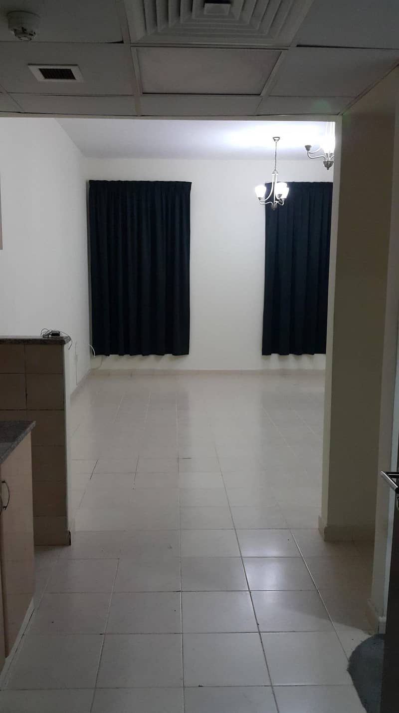 8 HOT OFFER!! EXCELLENT STUDIO FOR RENT IN CHINA CLUSTER