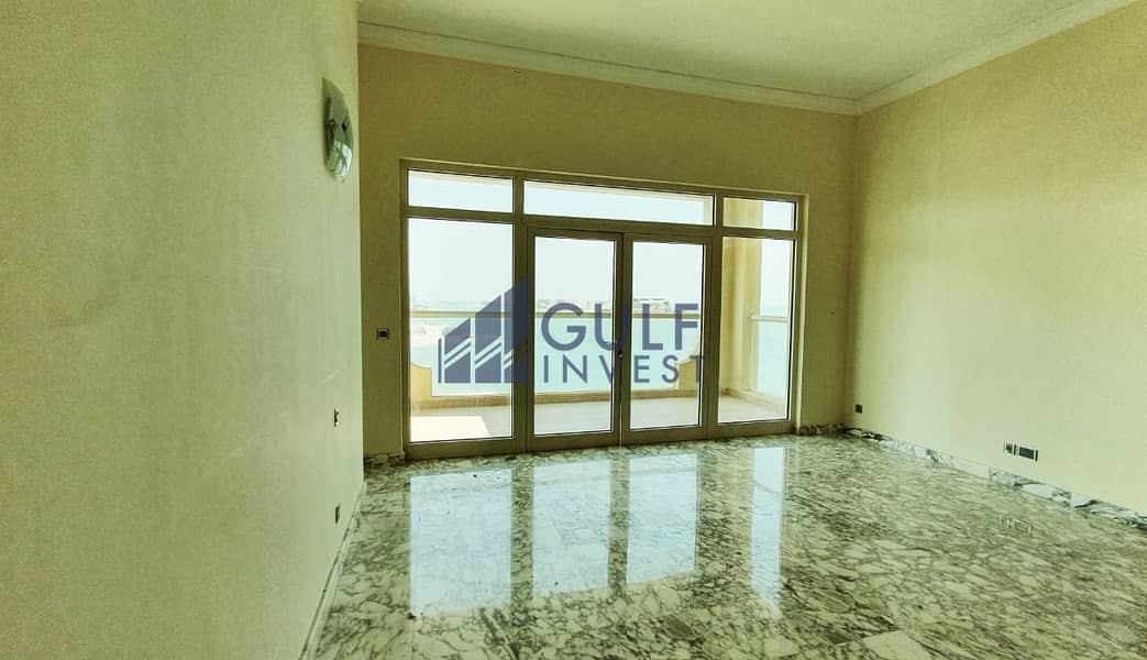 Only one is available! Full sea view 4bd