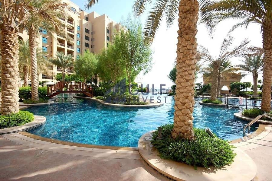 2 Stunning 2bd + maids with full sea view!