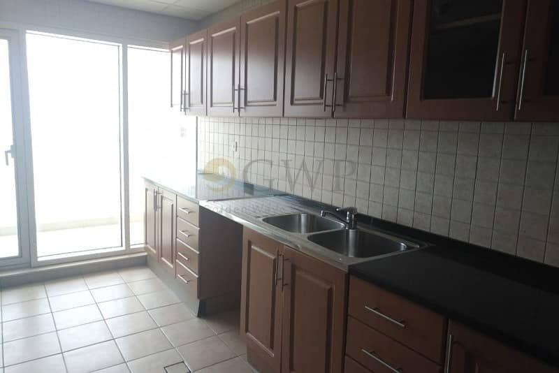 18 One Month Free   Highest Floor   Separate Maid's room   