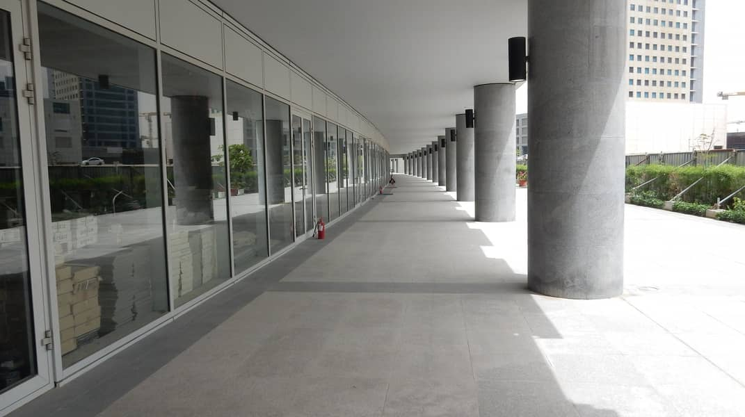 Huge Retail Shop for Rent in Business Bay