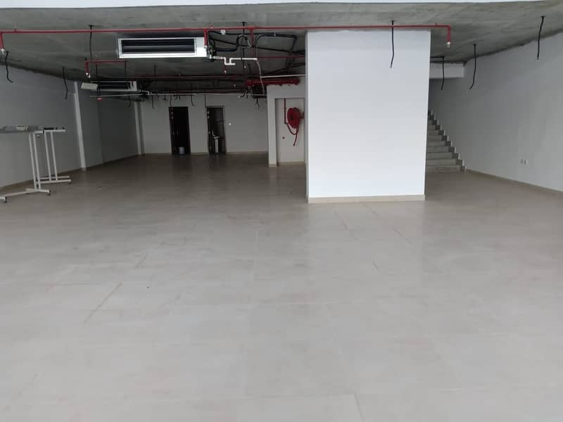 BIG SHOP for Rent 220K With ONE Month FREE