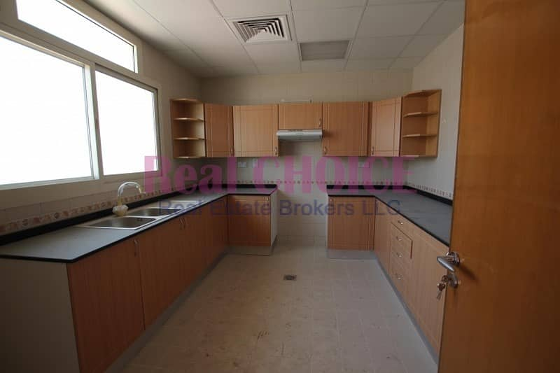 15 3BR+Maids | 13 Months | Well Maintained