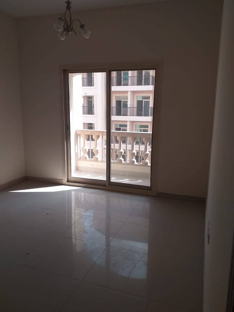 CHEAPEST LAGER ONE BHK WITH BALCONY  FOR RENT IN PHASE 2 WARSAN 4