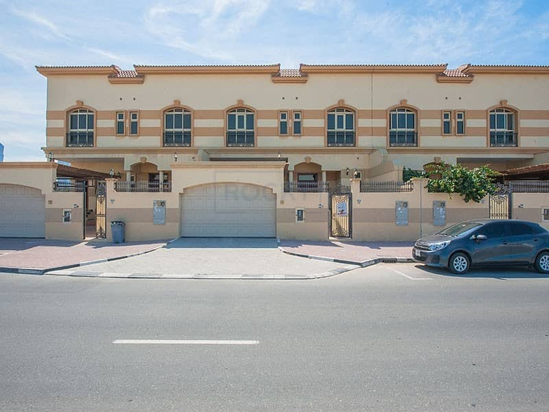 2 Gorgeous Semi Independent 4 B/R Villa | Private Pool | Jumeirah 1st
