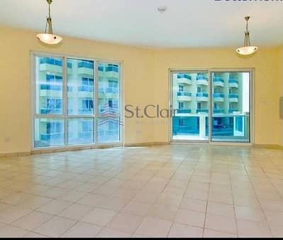 شقة 2 غرفة نوم للايجار في مدينة دبي للإنتاج، دبي - Crescent Tower 2 Bed Room With Parking For Rent 43K