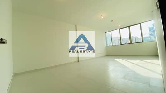 فلیٹ 2 غرفة نوم للايجار في الخالدية، أبوظبي - Elegance !  Facilities ! 1st - Tenant  !