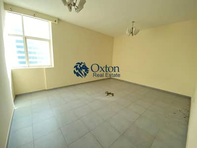3 Bedroom Apartment for Rent in Al Taawun, Sharjah - SPACIOUS 3-BHK APARTMENT WITH MAIDSROOM