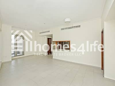 1 Bedroom Flat for Rent in Downtown Dubai, Dubai - Exquisite | Bright and Vibrant Apartment