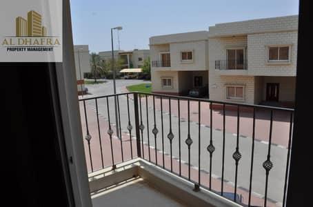 فیلا 4 غرف نوم للايجار في المرخانية، العین - Great Villa with Free Amenities | Centralize AC