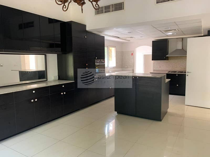 2 Vacant | Fully Upgraded 5BR - Type 7 | New Kitchen