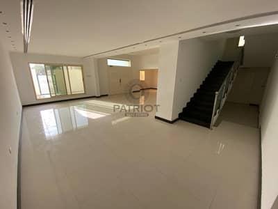 فیلا 5 غرف نوم للايجار في جميرا، دبي - SUPER CLEAN 5BR MAIDS SEMI DETACHED VILLA NEAR BOX PARK IN JUMEIRAH 2