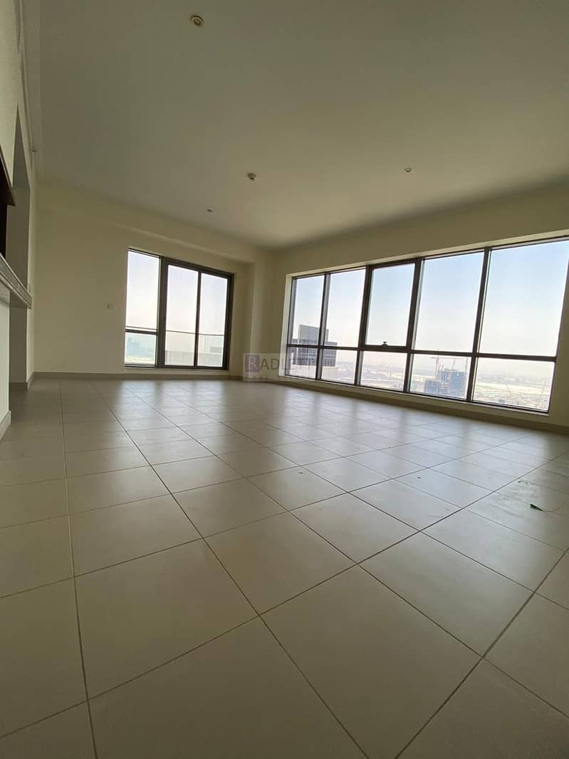2 Very Spacious  High Floor Lake View -Available Now