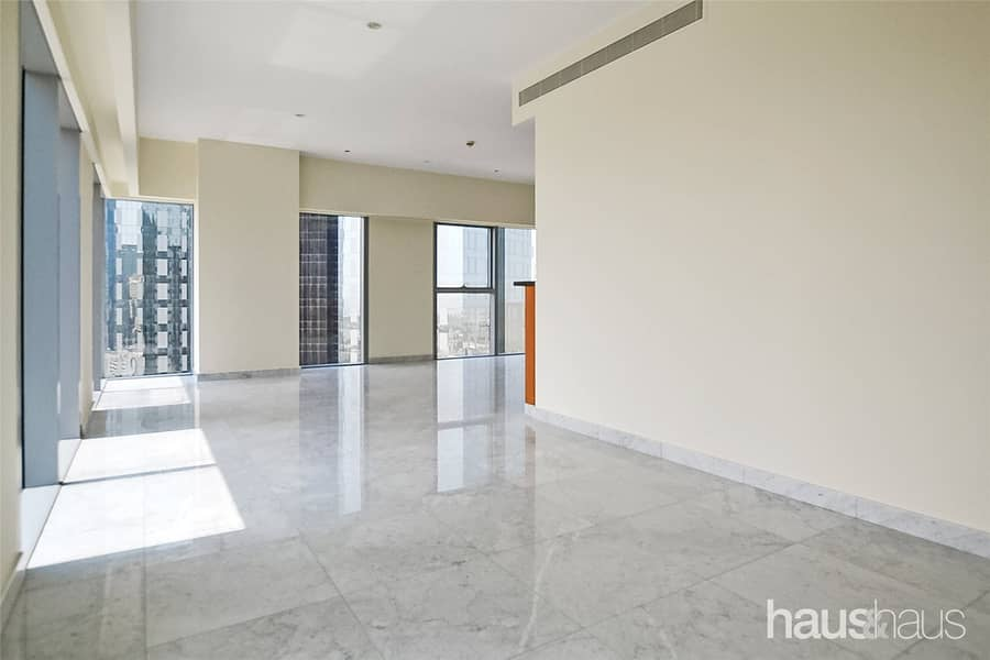 2 Largest 1 Bed   Walk-in Shower   Great Price