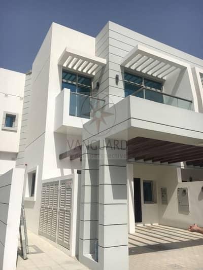 فیلا 4 غرف نوم للبيع في الفرجان، دبي - Huge 4 Bed Corner Villa for Sale