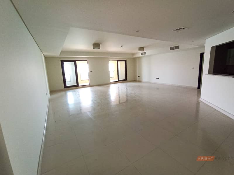 2 Vacant| Breathtaking view| Incredible Deal
