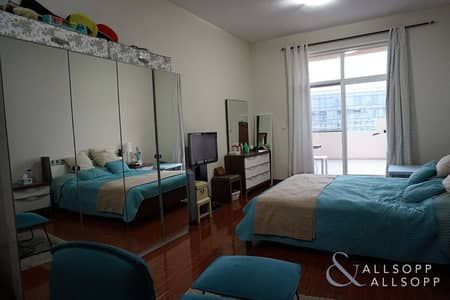 2 Bedroom Flat for Sale in Motor City, Dubai - 2 Bed | Vacant On Transfer | Large Balcony