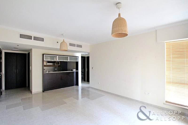 One Bed Aparment | Balcony | 841 Sq. Ft.
