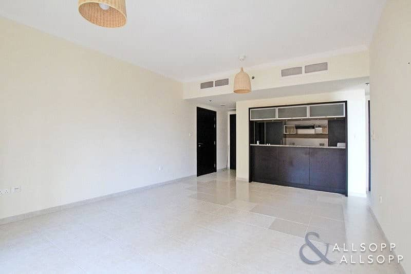 2 One Bed Aparment | Balcony | 841 Sq. Ft.