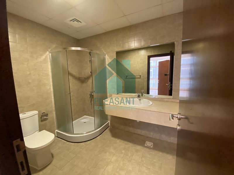 20 Bright and well maintained 1 bed Apt in DSO near choitrams