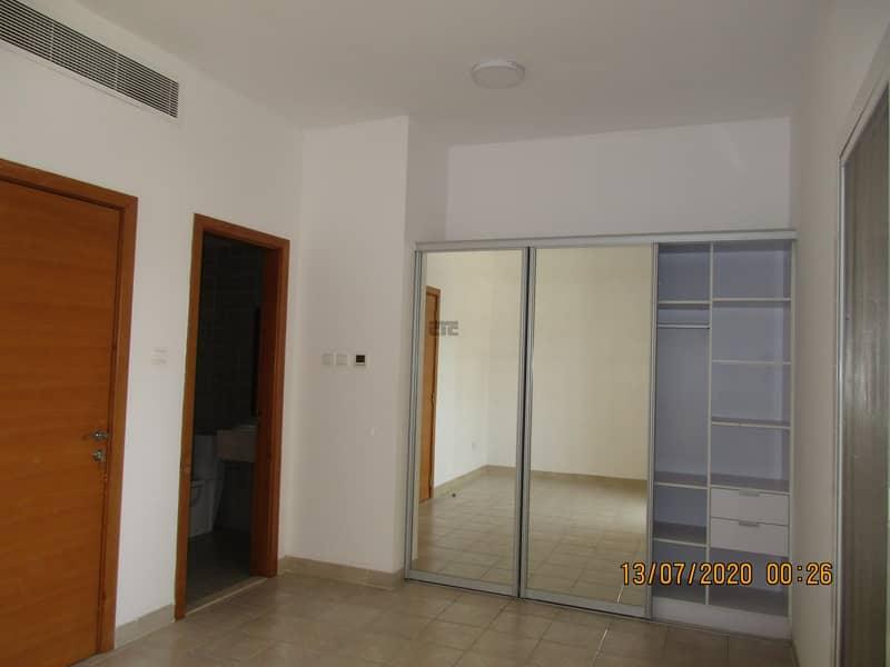 18 Huge 4 Bedroom With Maid room and Storage Rent 100k