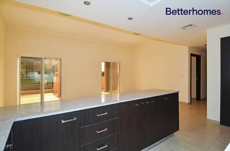 2 Bedroom Flat for Rent in Remraam, Dubai - Spacious | Well Maintained | Massive Terrace