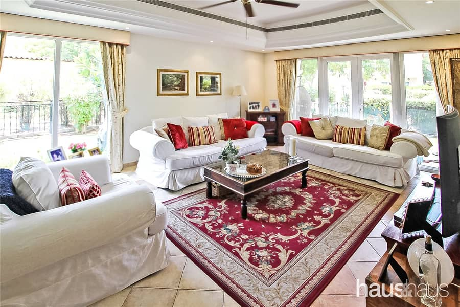 2 Family Villa | Immaculate Condition | Private Pool