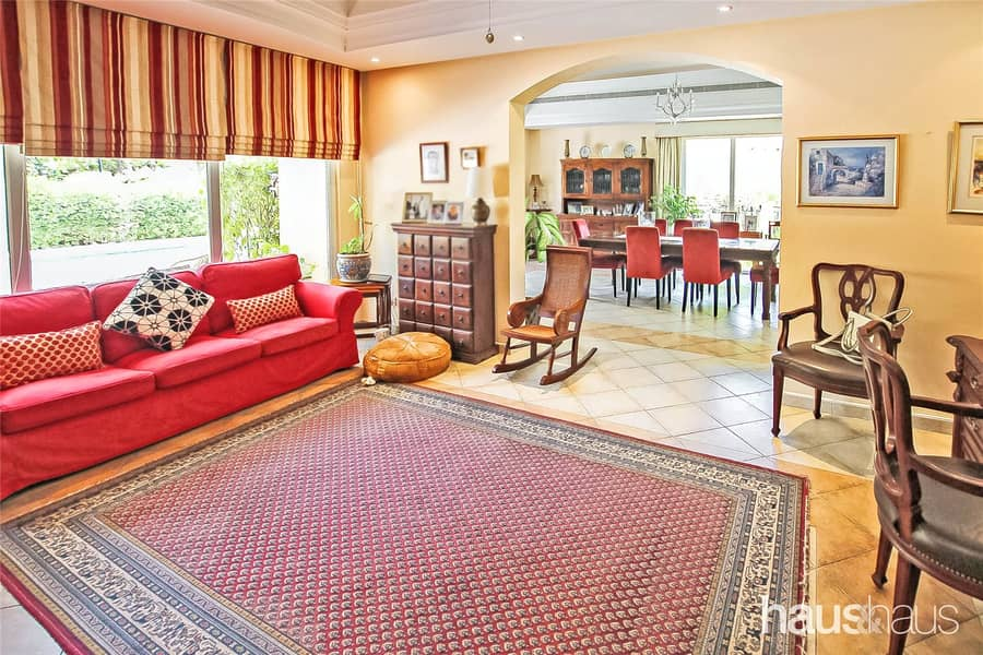 10 Family Villa | Immaculate Condition | Private Pool