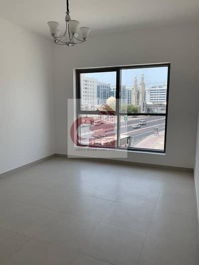 شقة 1 غرفة نوم للايجار في ديرة، دبي - Brand New | Well Designed 1-B/R Near Clock Tower with all amenities