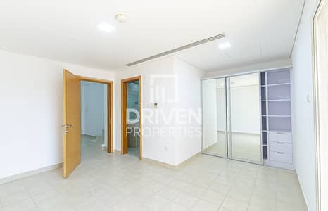 3 Bedroom Townhouse for Rent in Jumeirah Village Circle (JVC), Dubai - Spacious 3 Bed Townhouse plus Maid's Room