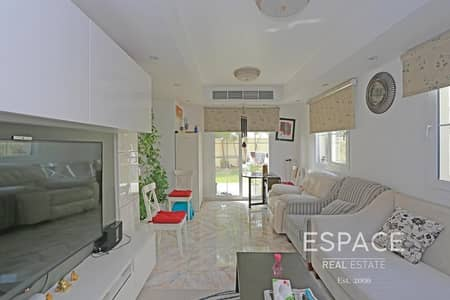 2 Bedroom Villa for Rent in The Springs, Dubai - Type 4E - Upgraded and Furnished - Corner Villa