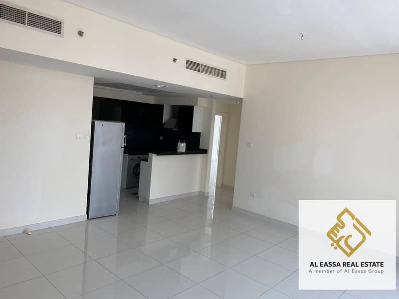 2 Bright & Spacious 2 Bedroom   Large Layout   High End Building Save