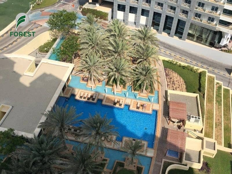 12 Luxury Furnished | 4BR + M Penthouse | Pool View