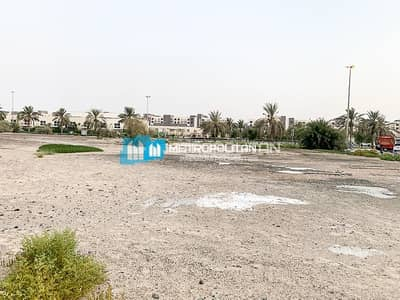 Plot for Sale in International City, Dubai - Residential/B + 2P + 5/Close to Dragon Mart