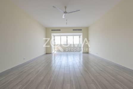 2 Bedroom Flat for Rent in Deira, Dubai - Spacious | Fully Renovated | Family Bldg