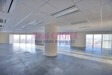مکتب  للايجار في شارع الشيخ زايد، دبي - Fully Fitted Office|Low  floor|Sheikh Zayed Road