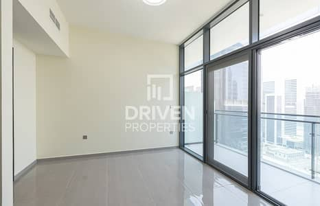 2 Bedroom Apartment for Sale in Business Bay, Dubai - Furnished and Elegant Apt with Canal Views
