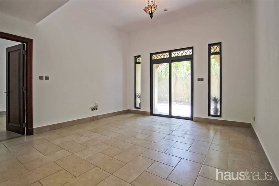 2 Rare Unit | Study and Garden | Vacant Now