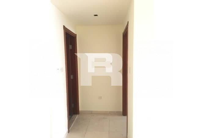 10 Raffa Apt w Balcony|Easy access to Metro